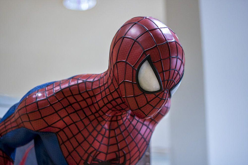 Detalle de Spiderman a escala real