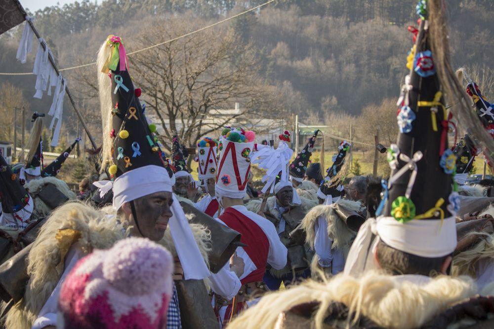 Desfile con zarramacos