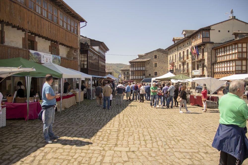 Vista general mercado artesanos
