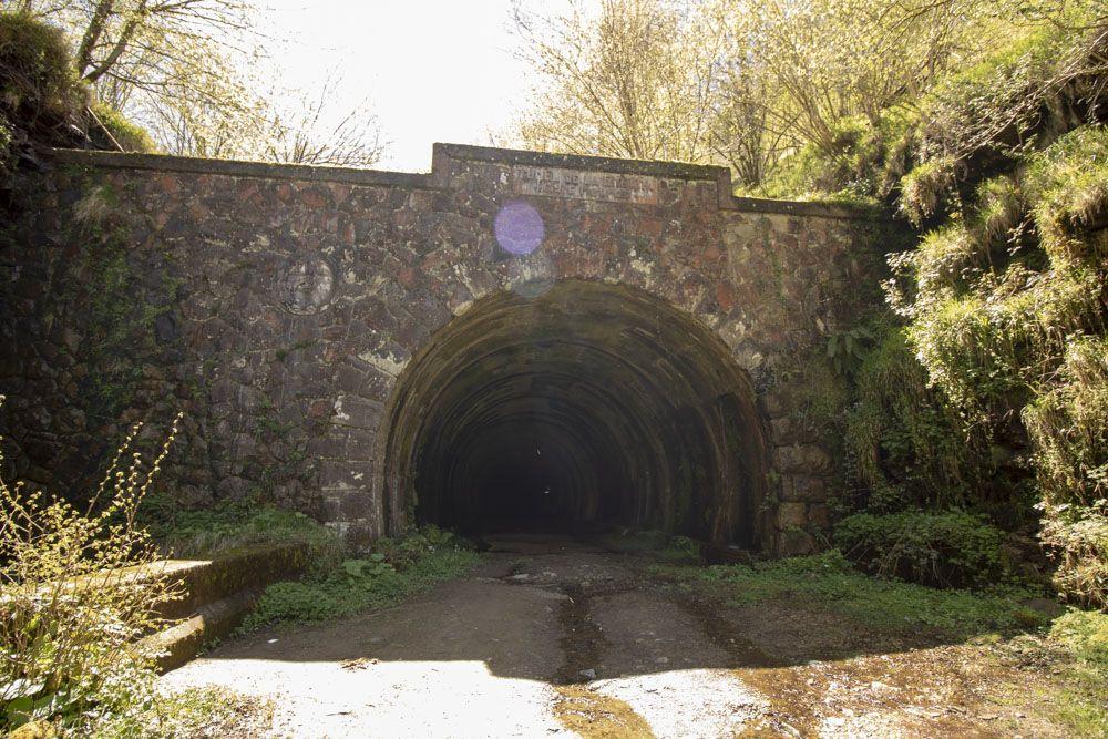 Acceso zona Cántabra del túnel de la engaña