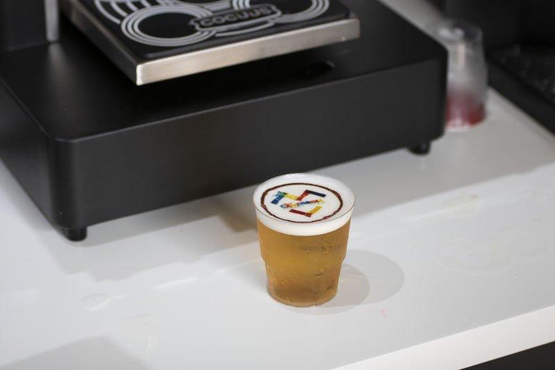 Logo de WeLoveCantabria en una cerveza gracias a Cocuus