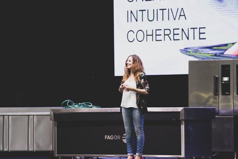 """Ponencia """"La segunda food revolution está dentro de tí by Nuria Abia"""